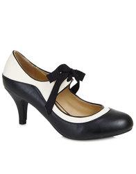 Lulu Hun Jeanie Heels retro vintage shoes