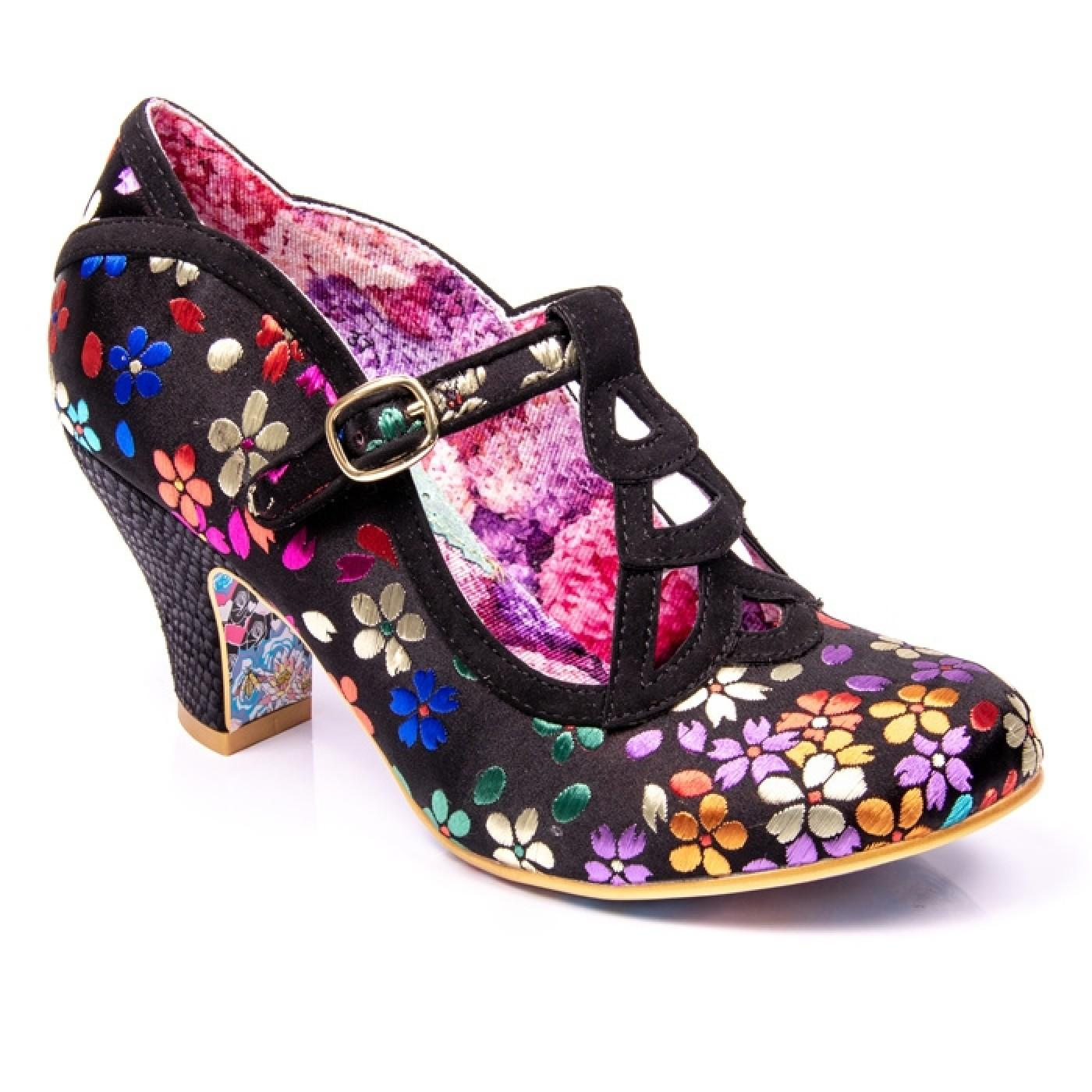 Nicely Done IRREGULAR CHOICE Vintage Floral Heels