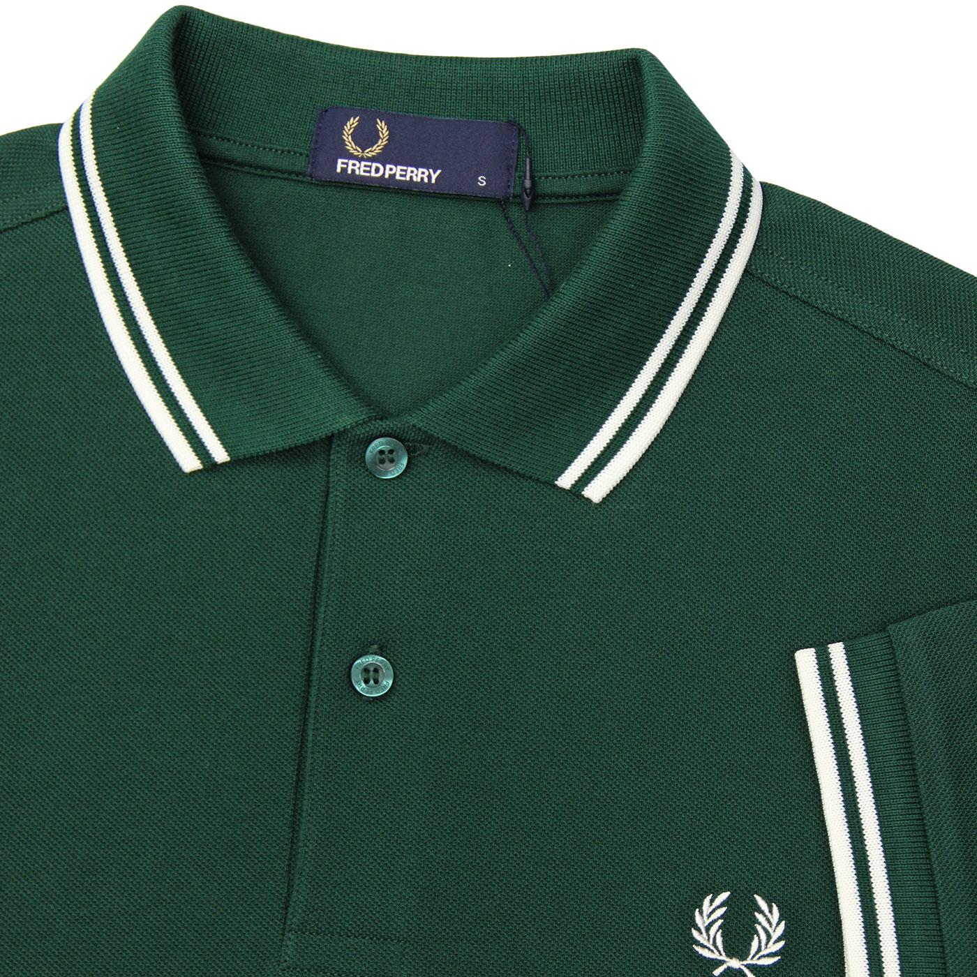 17df76063 FRED PERRY M3600 Mod Twin Tipped Polo Top in Ivy Green