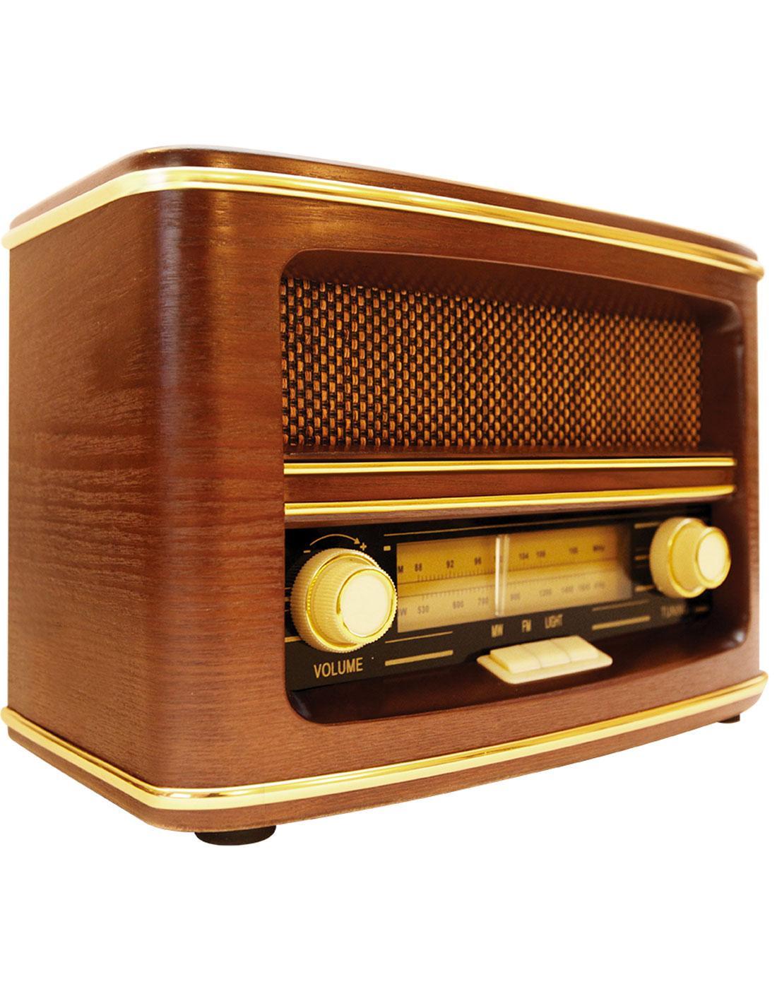 GPO Retro Winchester Vintage Wooden AM/FM Radio