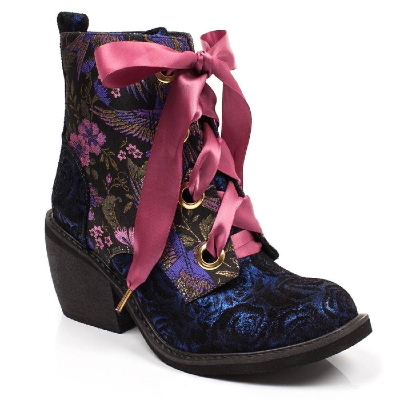 Quick Getaway IRREGULAR CHOICE Retro Bird Boots B