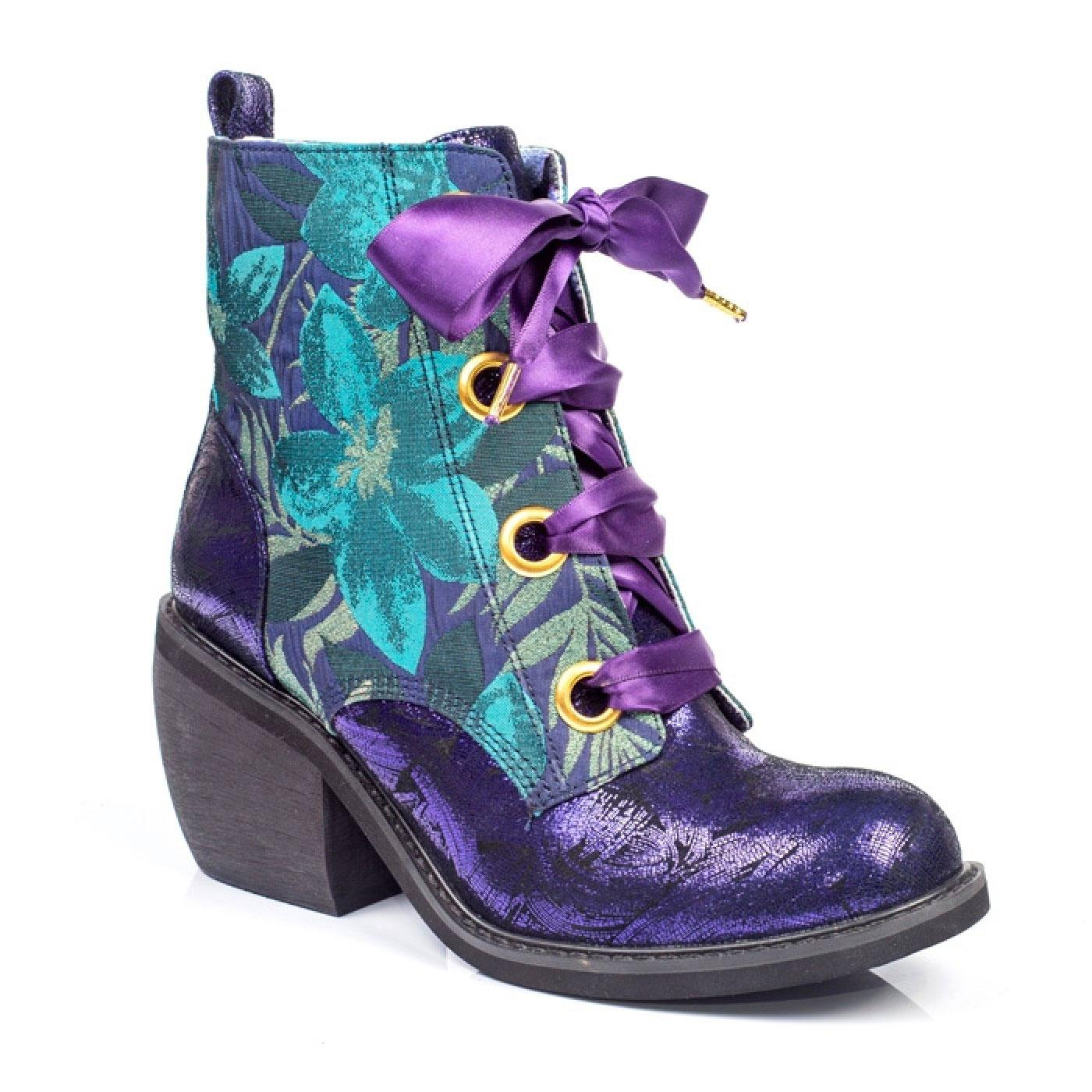 Quick Getaway IRREGULAR CHOICE Vintage Boots V