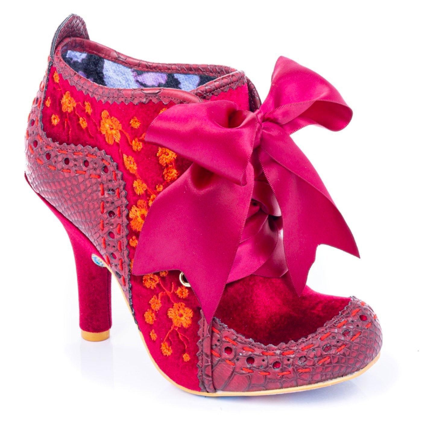 Teenage Abigail IRREGULAR CHOICE Velvet Boots Bu