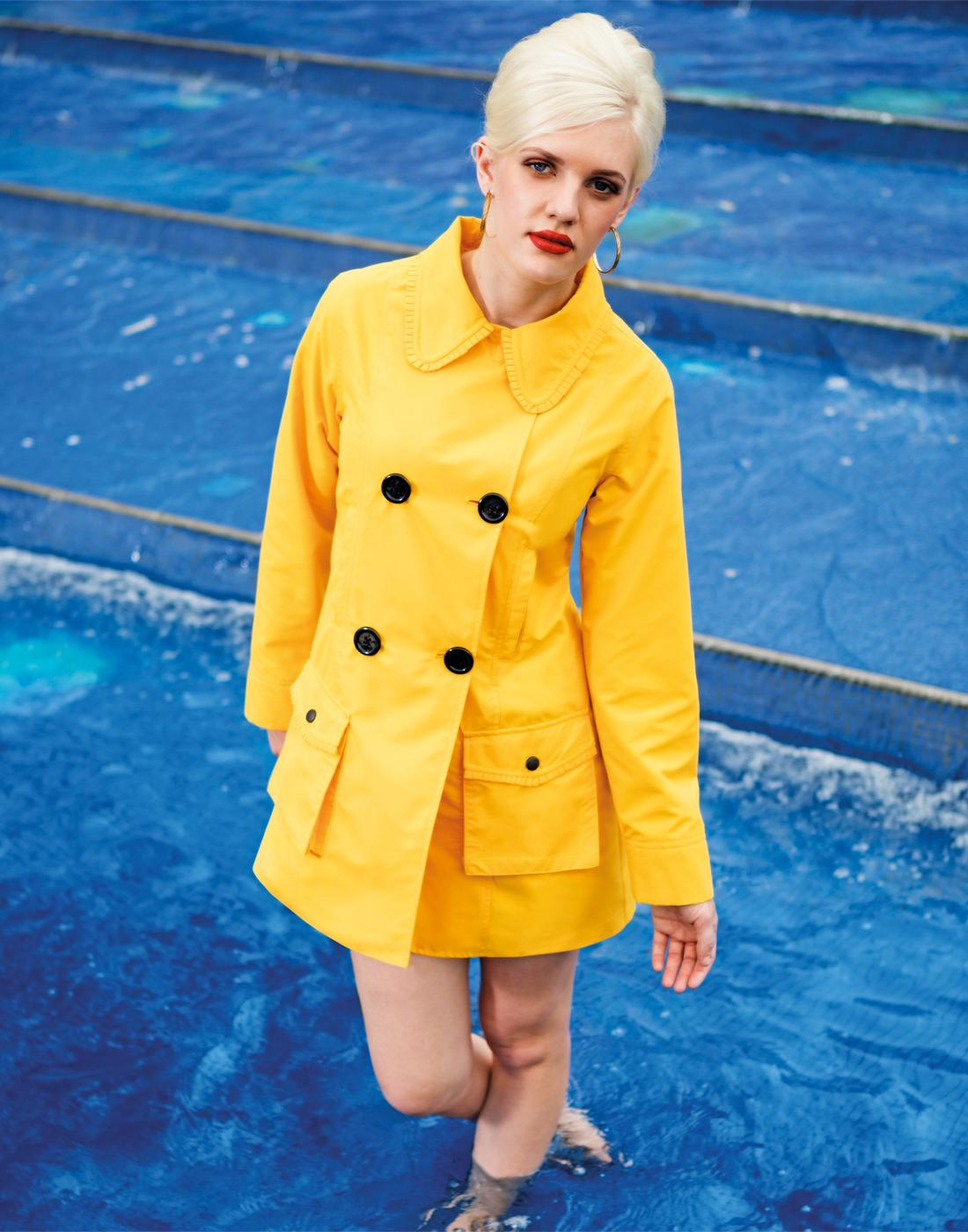 Estelle MADEMOISELLE YEYE Retro 60s Raincoat