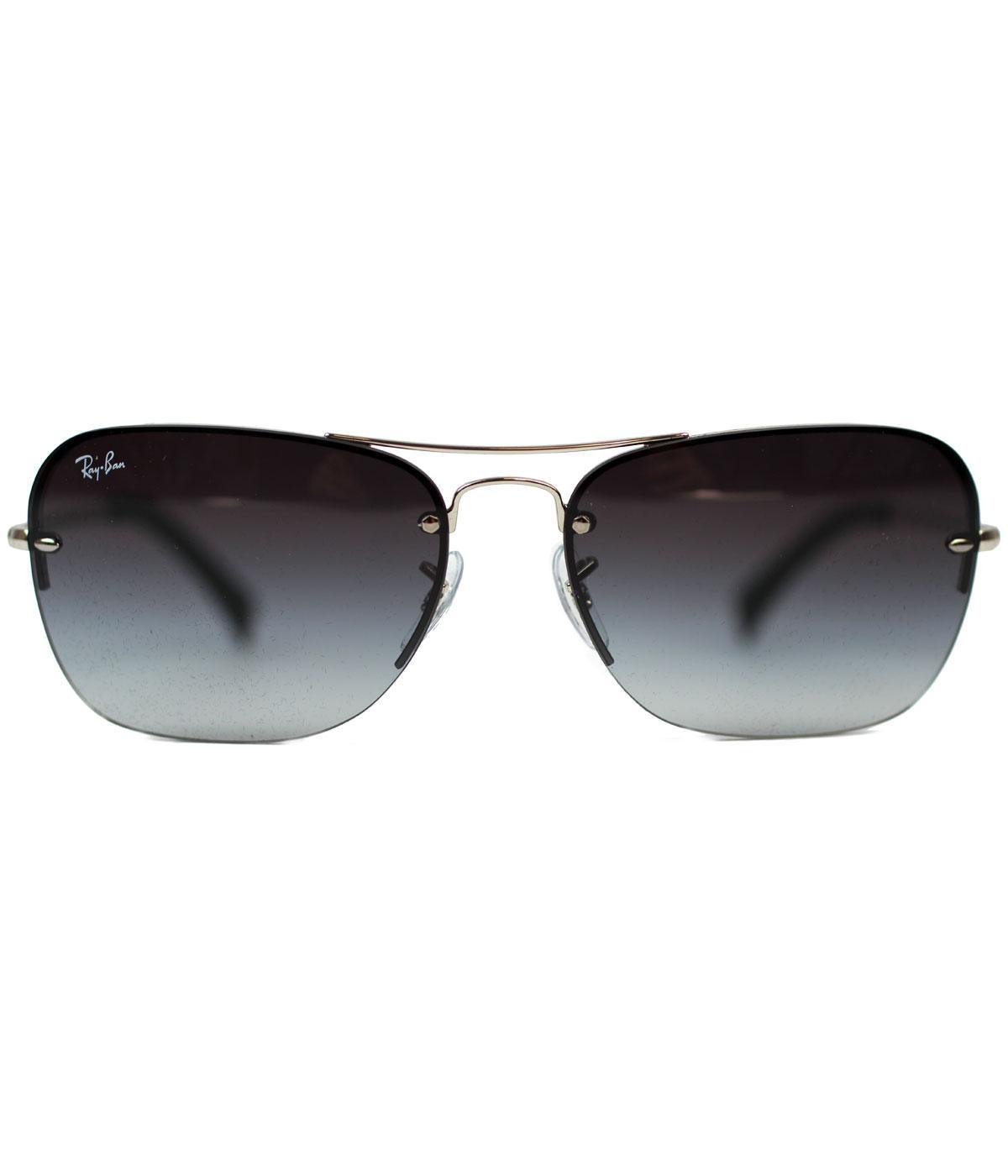 1f0492a4ffe RAY-BAN Retro 70s Pilot Aviator Sunglasses in Silver Grey