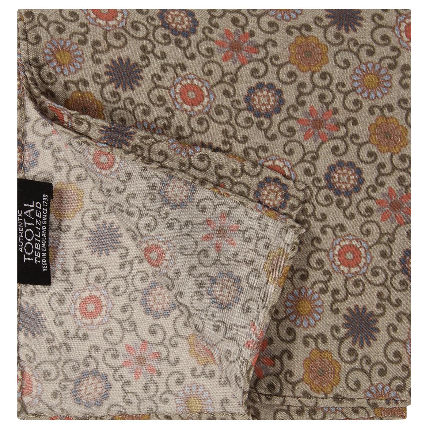 TOOTAL Daisy Chain Retro Floral Pocket Square