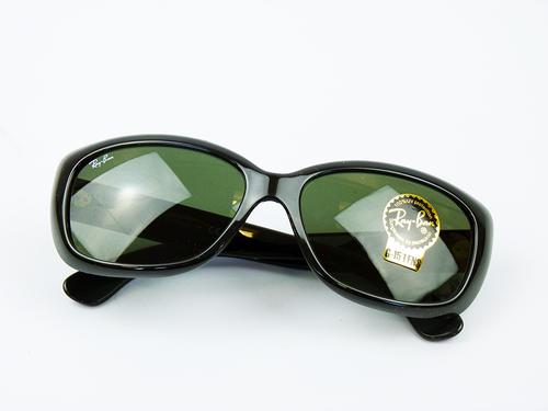 Ray-Ban Jackie Ohh Retro 60s Cats Eye Sunglasses